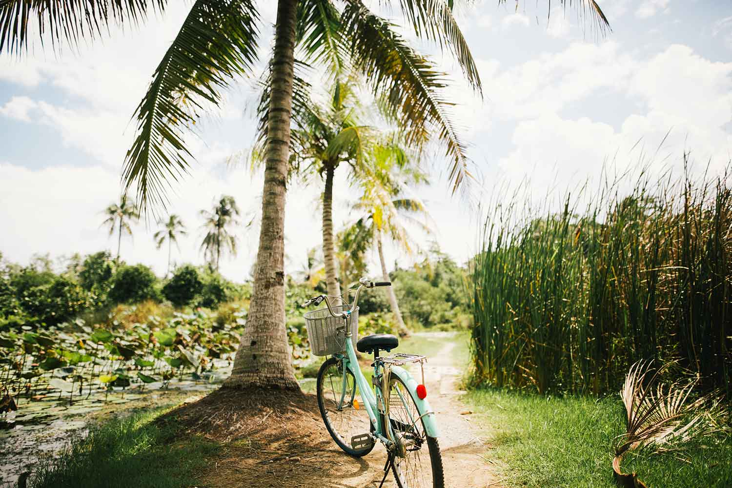 howtogettokohtao transportation bicycle thailand